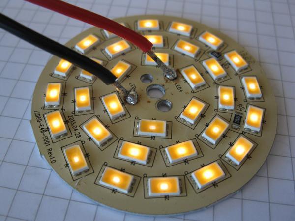 demonter une ampoule led 9