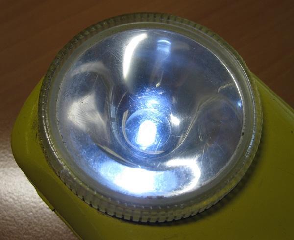 lampe de poche tres longue duree 5