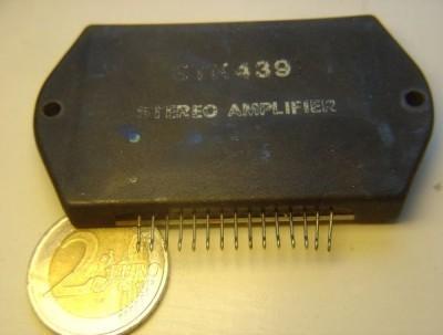 Micro electronique : vue interne d'un circuit intégré