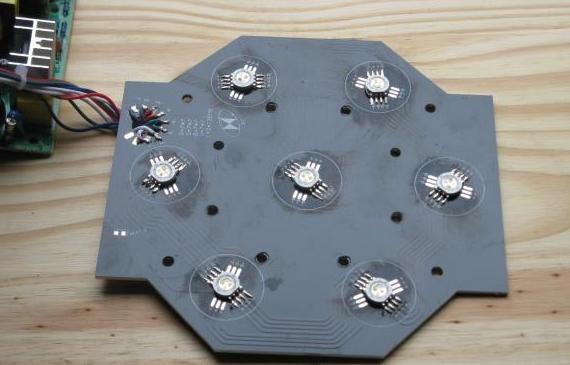 par64 rgbw 7 led 7x10w flat 3