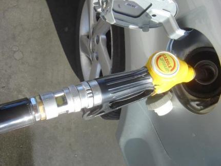 puissance recharge voiture electrique vs carburant 3
