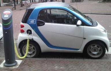 puissance recharge voiture electrique vs carburant 5
