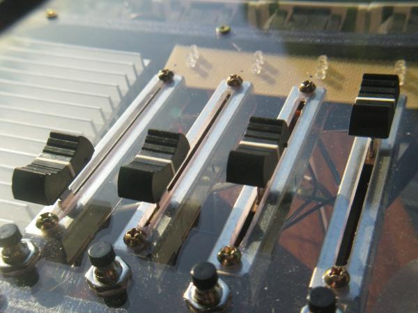 realisation variateur de lumiere 4 x 2000w 5