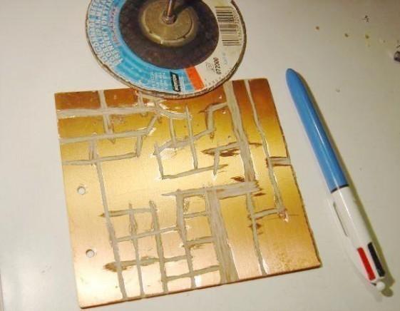 realiser un circuit imprime a la disqueuse 0