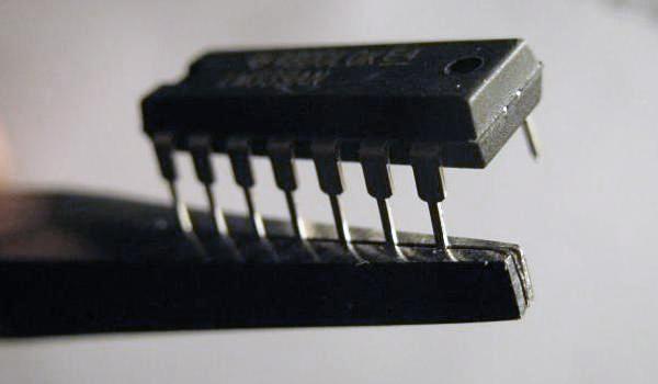 souder un composant traversant en cms 1