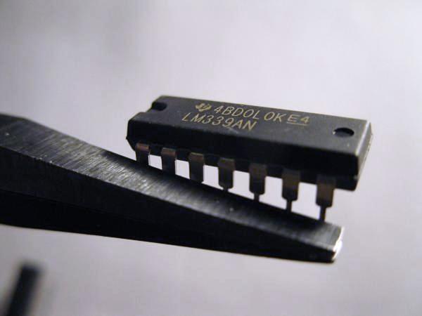 souder un composant traversant en cms 2