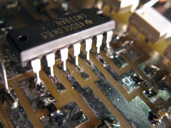 souder un composant traversant en cms 3