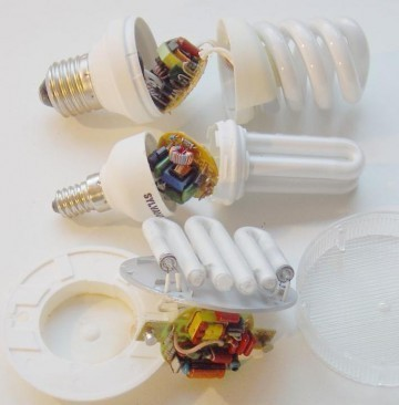 spectre de lampe fluocompacte et halogene 20