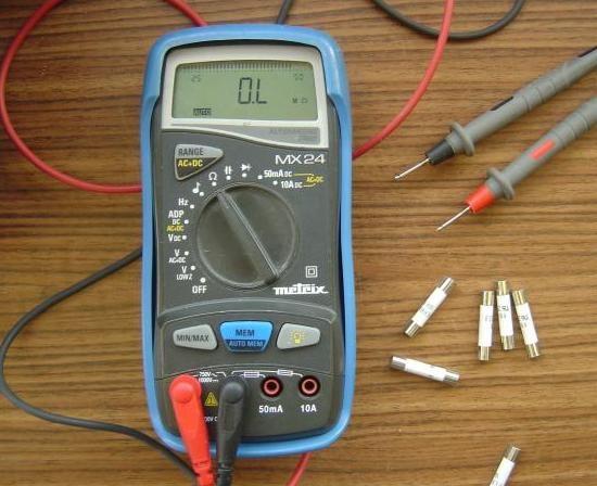 Tester un fusible avec un multimètre