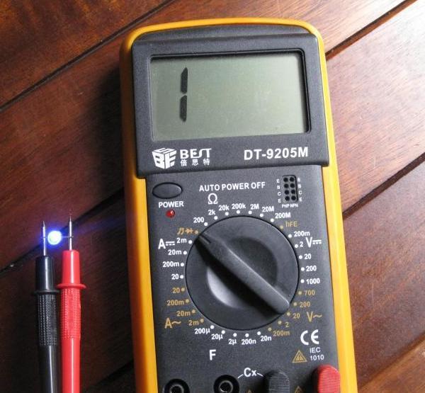 tester une led avec un multimetre 2