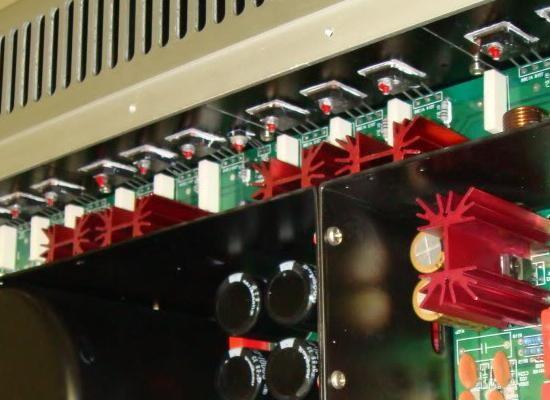 transistor en parallele et resistance 15