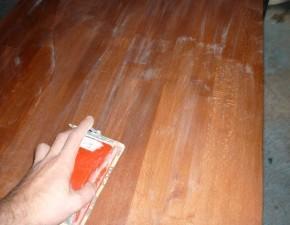 vernir du bois sans traces 1