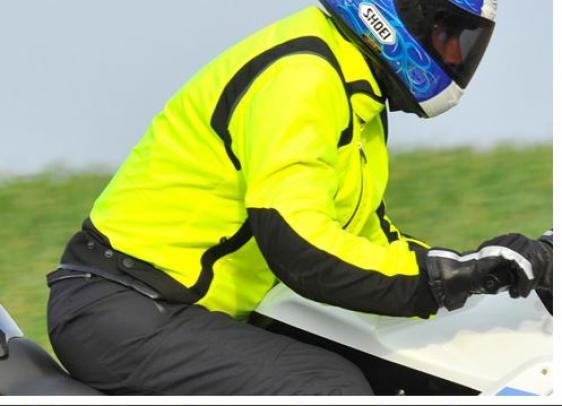 port du gilet jaune obligatoire moto