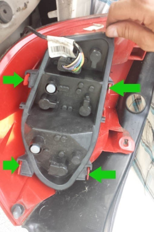 Changer Ampoule Feu Arriere Clio 3 Astuces Pratiques