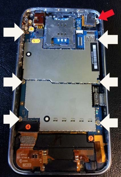 changer batterie iphone 3gs 2