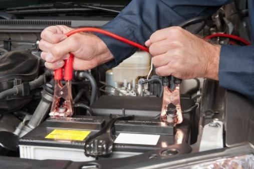 Charger une batterie de voiture
