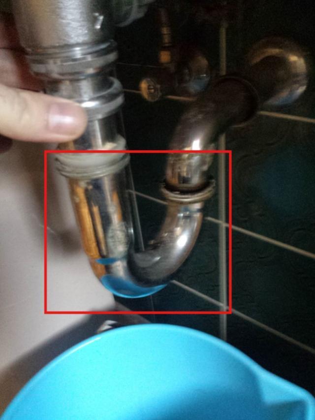 deboucher un evier ou un lavabo 7