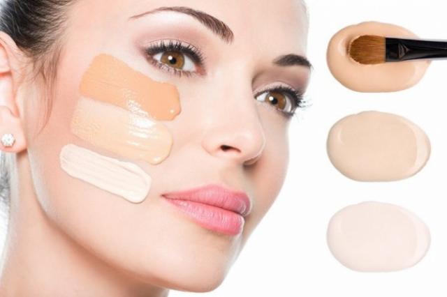1 , indispensable maquillage Le fond de teint