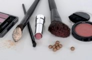 5 astuces de maquillage pour camoufler l'acné
