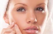 Masques maison pour combattre l'acné