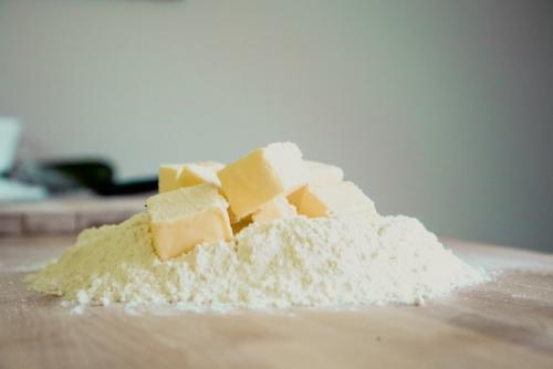 7 ingrédients pour remplacer le beurre en cuisine