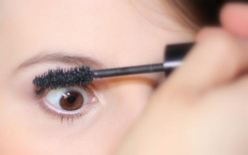 astuces de maquillage pour vos cils 1
