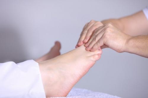 comment se couper les ongles des pieds 2