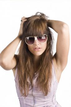 de beaux cheveux sans poux ni pellicules 2
