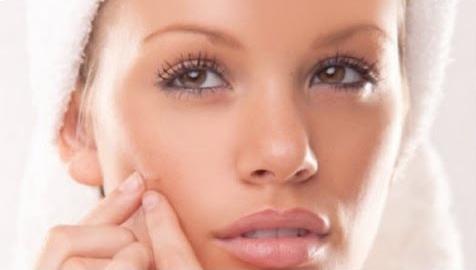 Masques maison pour combattre l 39 acn - Combattre humidite maison ...