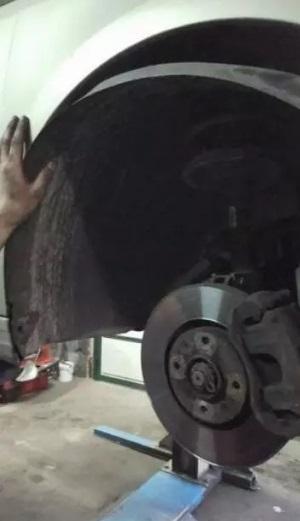 remplacer courroie accessoire ou alternateur citroen c4 1 6 hdi moteur dv6 1