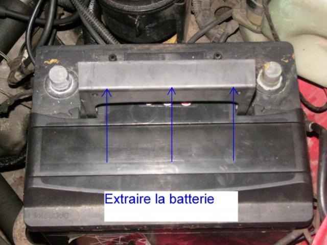 changement de batterie sur opel calibra 2 0i 4