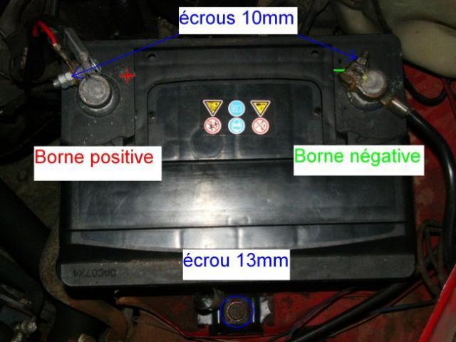 Changement de batterie sur Opel calibra 2.0i