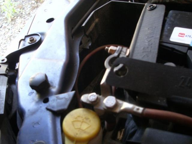 demontage de batterie sur vectra c 2 2l tdi 4