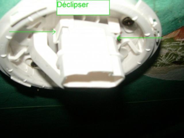 demonter un luminaire plafonnier 6