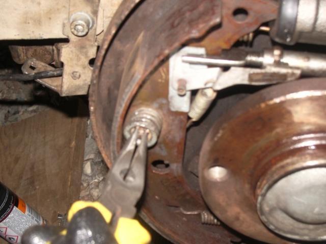 remplacement d un cylindre de roue sur citroen zx break 1 9d 16