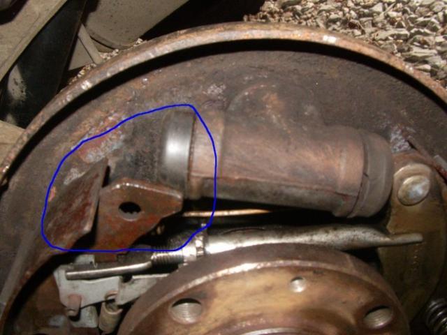 remplacement d un cylindre de roue sur citroen zx break 1 9d 7