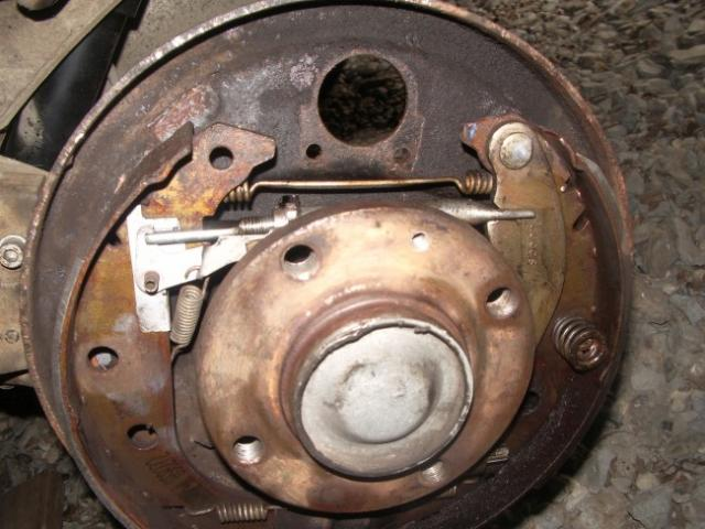 remplacement d un cylindre de roue sur citroen zx break 1 9d 10