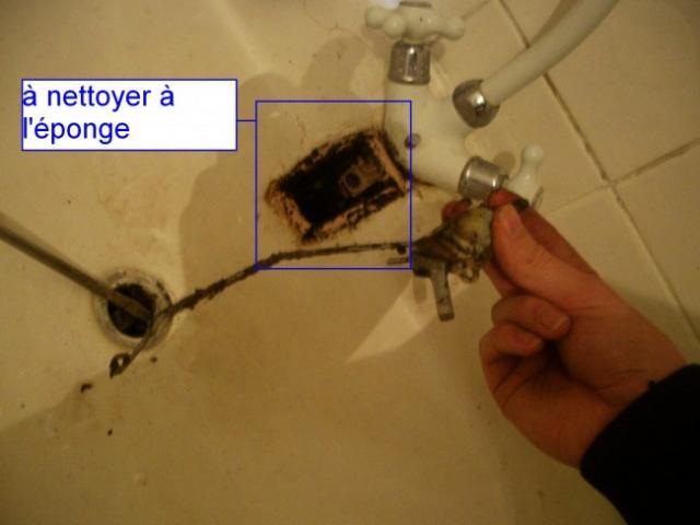 reparer le mecanisme de bonde sur lavabo ancien 7