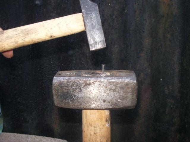 reparer un marteau ou une massette casses 7