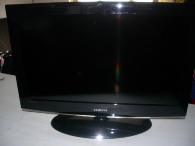 Changer carte d'alimentation tv samsung LE32A466