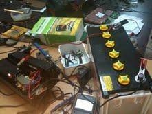 mettre une batterie de 100 ampere sur un onduleur 1